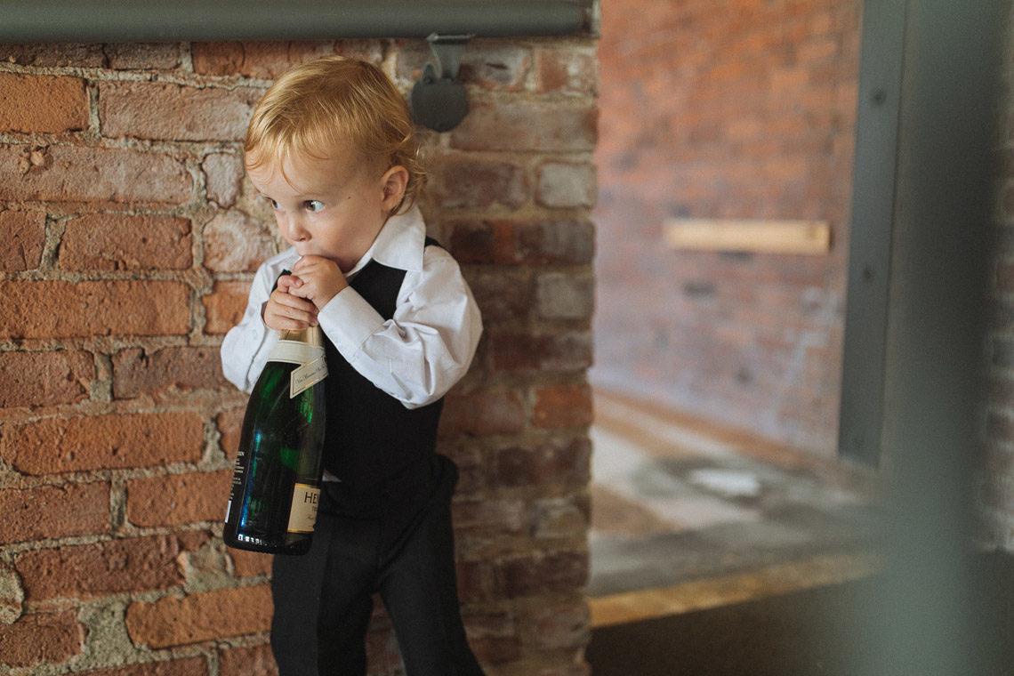 worldwide wedding photographer